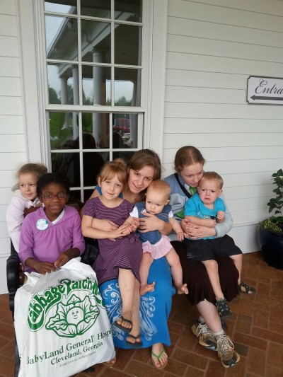Girls and Titus at Cabbage Patch Hospital